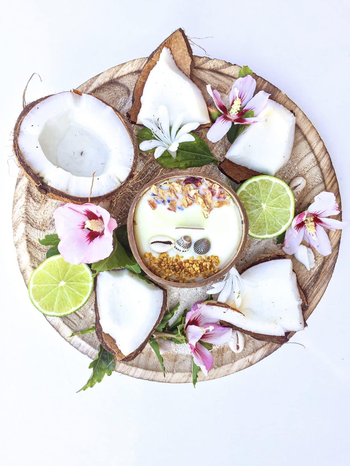 Bougie Coconut dans une coque de noix de coco