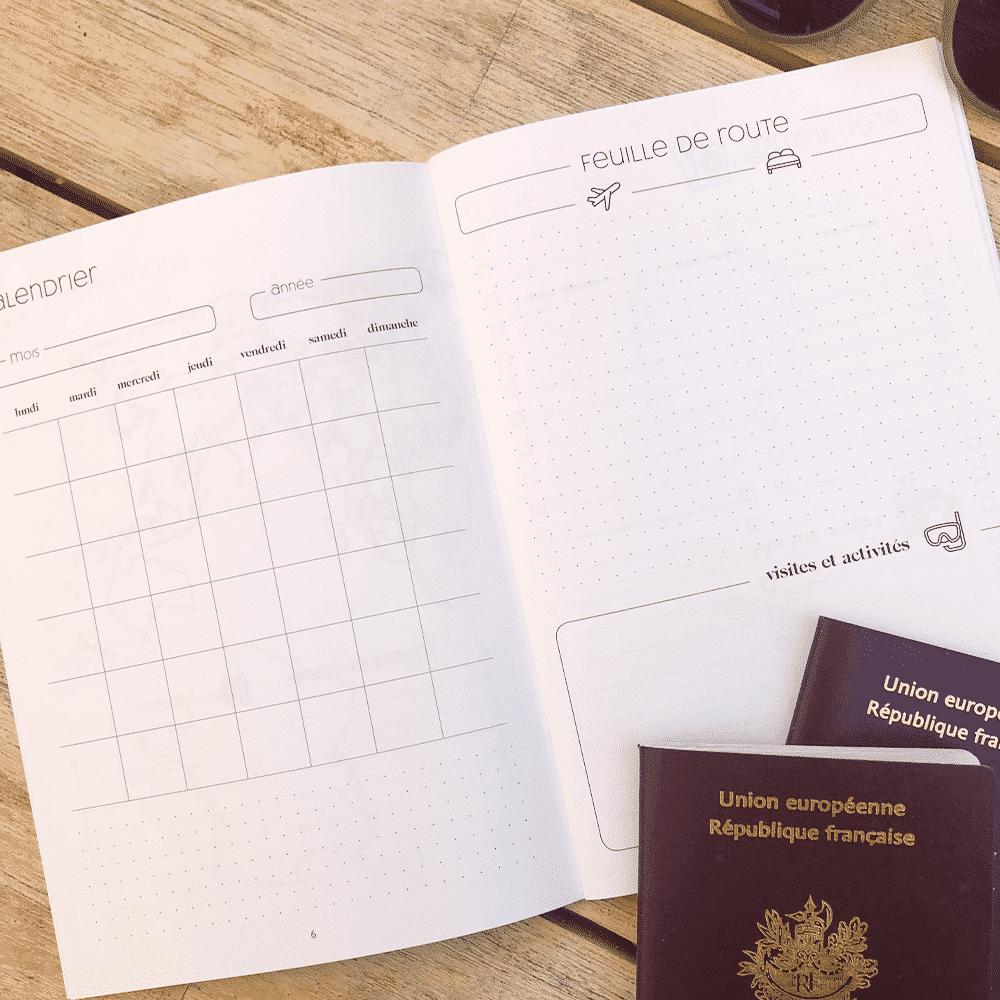 Carnet de voyage intérieur histoire d'écrire passeport van surf